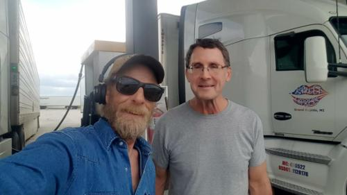 Bryon caught up with BigRigSteve in the Love's fuel island in Shelby, Iowa on May 25, 2019